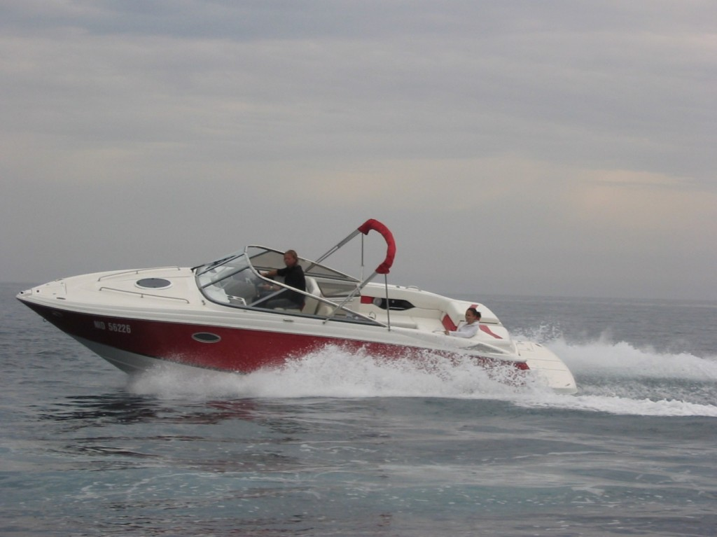 Excessive speed in a port can be punished with a fine by marine police