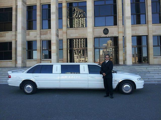 limousine-chauffeur